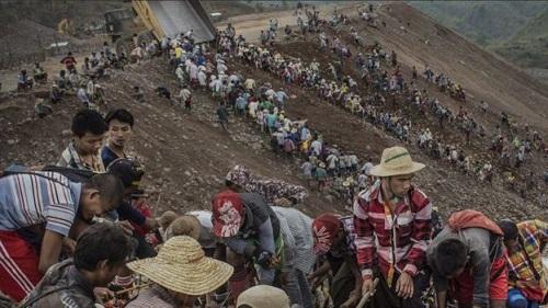 Myanmar landslide 2015 jade mine